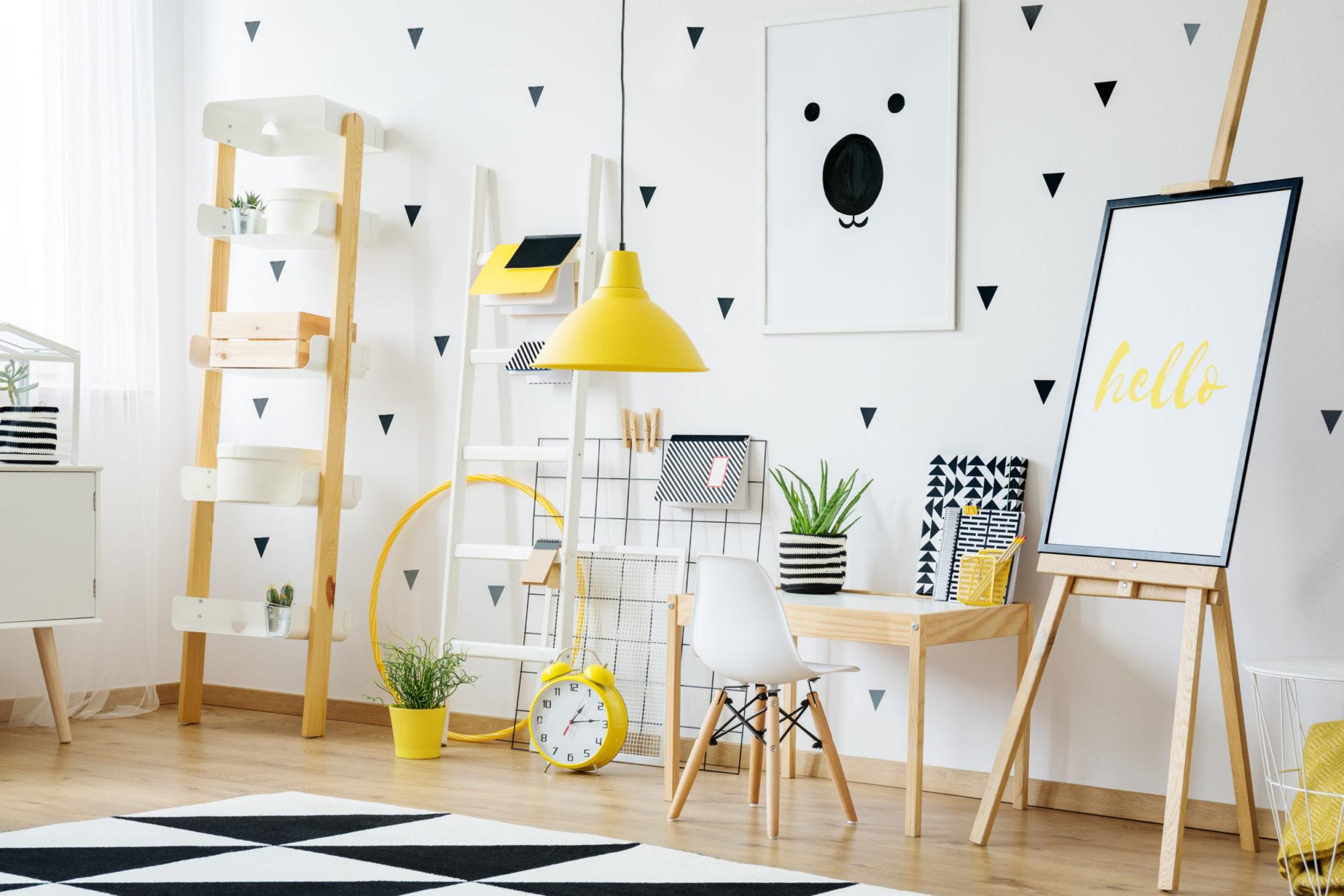 Ornamenty na zdi oživí váš domov