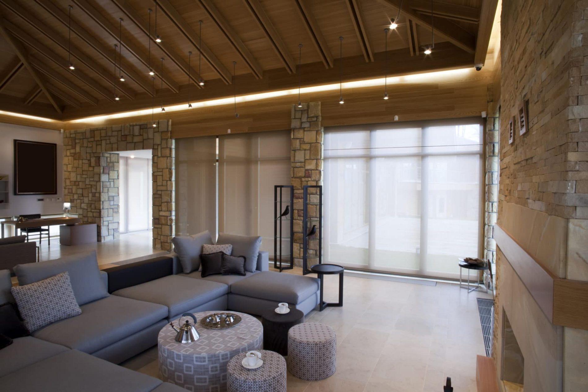 Kamenné obložení interiéru